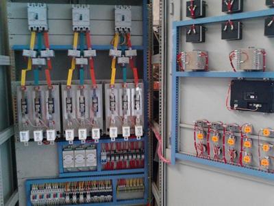 可提供电机控制,报警断电控制等附加功能.